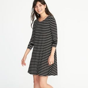 Long Sleeves Knit Striped Swing Dress